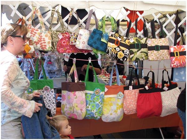 Craft Show Designs Handbag Displays